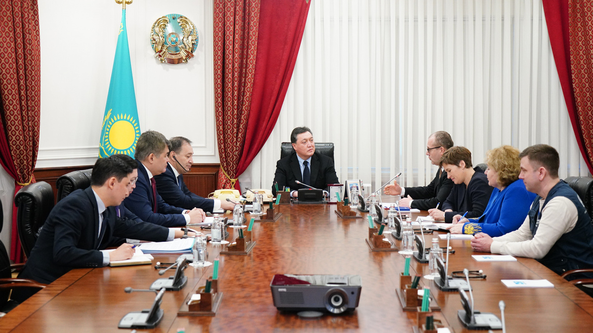 Kazakh PM meets with of WHO Regional Director for Europe