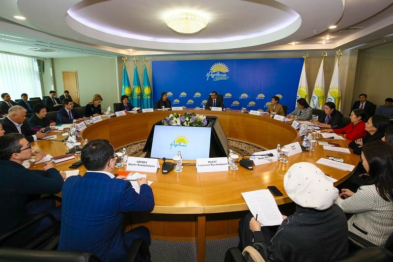 National Council for Children's Rights Protection under Kazakhstan's ruling Nur Otan Party established